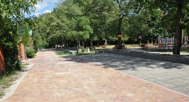 Nowa droga w brwinowskim parku miejskim
