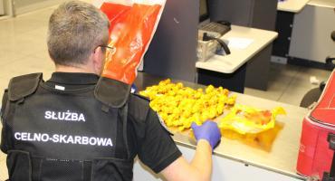 Słodka kokaina w bagażu obywatelki Brazylii