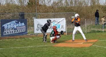 Niecodzienne zawody sportowe w Białymstoku. Na boiskach MOSP zmagali się baseboliści