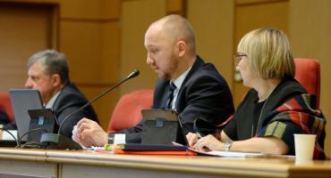 Uchwała w sprawie nadawania honorowego obywatelstwa Białegostoku przepchnięta kolanem