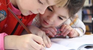 Kolejny dzień strajku w białostockich szkołach i przedszkolach. Kto popilnuje dzieci?
