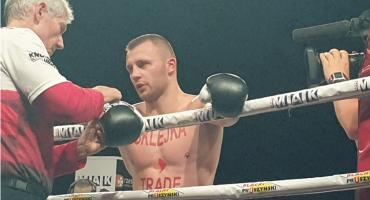 Kamil Szeremeta odniósł kolejne zwycięstwo w zawodowym ringu