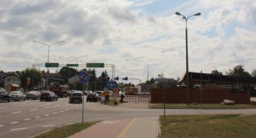 Utrudnienia w ruchu przy budynku dworca w Łomży