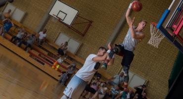 Białostoccy koszykarze trenowali z Krzysztofem Sulimą