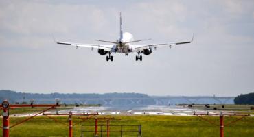 Loty, przeloty, samoloty. Białystok jest wolny od polityków podróżników