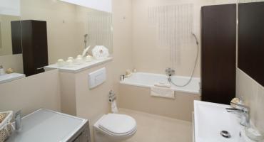 Małą łazienkę można urządzić z pomysłem