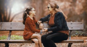Porozmawiać jak matka z córką o dojrzewaniu