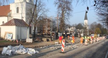 Zaawansowane prace trwają przy przebudowie ulicy Kościelnej w Supraślu