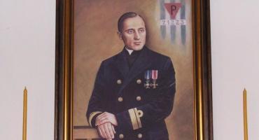 Pierwszy kapelan polskiej Marynarki Wojennej.