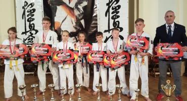 Karatecy w gazie