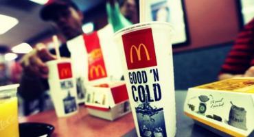 McDonalds rezygnuje z plastikowych słomek