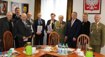 Nadanie Odznak Kombatanckich w powiecie płockim