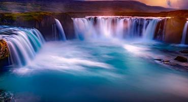 Islandia biuro podróży – poznaj jej cztery strony świata Logos Tour.