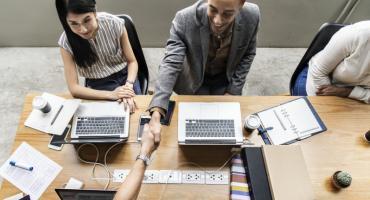 Rekrutacja stała – czy zlecić ją agencji?