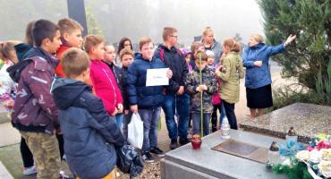 """"""" Szkoła pamięta"""" ogólnopolska akcja Ministerstwa Edukacji Narodowej."""