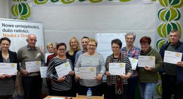 Warsztaty cyfrowe dla Seniorów w Pracowni Orange w Bulkowie
