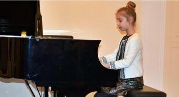 Skierniewicka Szkoła Muzyczna ma nowy fortepian