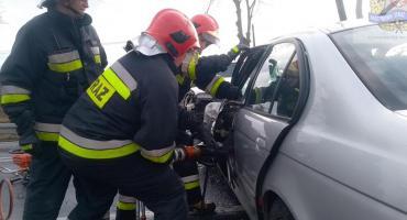Zderzenie dwóch aut w miejscowości Pamiętna