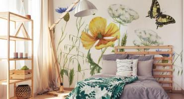 Kwiatowe fototapety - dekoracja wnętrza, która nie wychodzi z mody