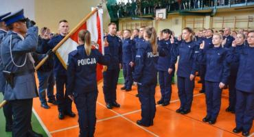 Czterech nowych funkcjonariuszy w szeregach łowickiej policji