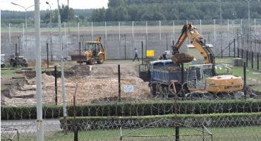 Na terenie ZK w Łowiczu powstaje hala produkcyjna