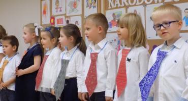 Przedszkolaki z Dziesiątki pamiętały o nauczycielach