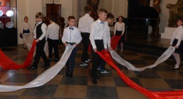 Polskie dźwięki niepodległościowe w wykonaniu uczniów SSM
