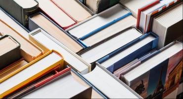Zbiórka książek dla pacjentów łowickiego szpitala