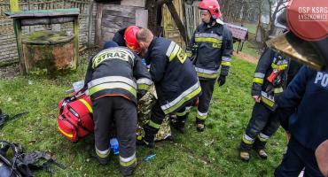 Pożar domu w Polesiu. Poszkodowany starszy mężczyzna