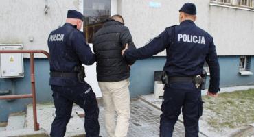 Policjanci z Łowicza zatrzymali trzech mężczyzn podejrzanych o kradzieże paliwa