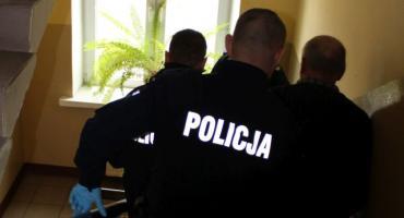 Łowickie: poszukiwany listem gończym 64-latek zaatakował kijem policjanta
