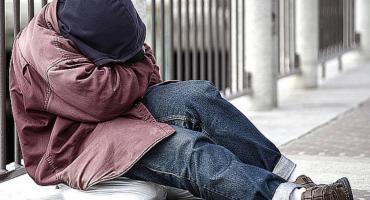 Bezdomni coraz częściej korzystają z noclegowni w Łowiczu
