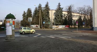 Na skrzyżowaniu przy komendzie policji w Łowiczu ma być bezpieczniej