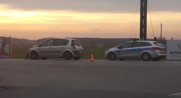 Zdarzenie drogowe na DK nr 14 w Łowiczu. Jedna osoba trafiła do szpitala