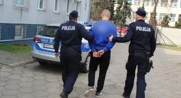 Kradzież z włamaniem w rejonie autostrady A2 w Łowickiem. Pięć młodych osób z zarzutami