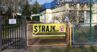 Większość nauczycieli w miejskich przedszkolach zawiesiła strajk i wróciła do pracy