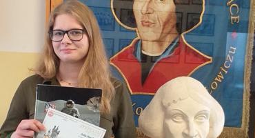 I miejsce w kraju uczennicy II LO w Łowiczu w konkursie historycznym