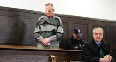 Zabójstwo na targowisku w Łowiczu. Sąd podjął decyzję ws. wniosku obrońcy oskarżonego