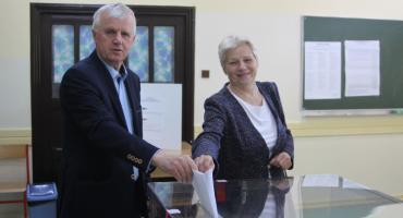 Łowicz: trwają wybory do Parlamentu Europejskiego (ZDJĘCIA)