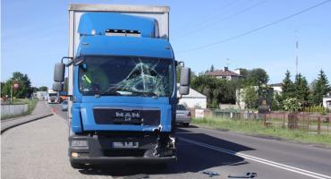 Zderzenie ciężarówek na DK nr 70 w Łowiczu. Uwaga na utrudnienia