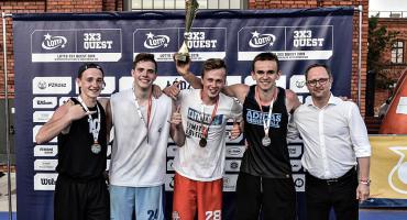 Młodzi koszykarze z Łowicza triumfowali w turnieju Lotto 3x3 Quest w Łodzi