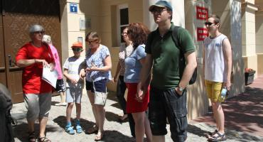 Ruszyły niedzielne spacery z przewodnikiem PTTK w Łowiczu