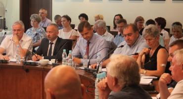 Zarząd Powiatu Łowickiego otrzymał wotum zaufania i absolutorium