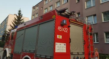 Woń gazu zaniepokoiła mieszkańców bloku na osiedlu Dąbrowskiego