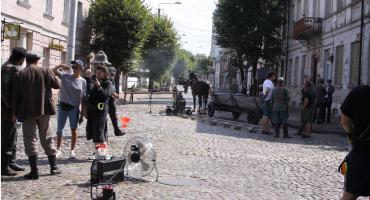 Ulica Podrzeczna w Łowiczu zamieniła się dziś w plan filmowy