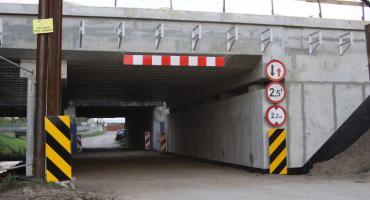Ulica Arkadyjska pod mostem kolejowym wreszcie przejezdna