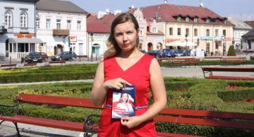 Łowicz: konferencja Izabeli Walczak, liderki listy Konfederacji w wyborach do Sejmu (VIDEO)