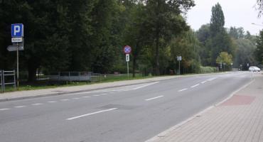 Rajdy samochodowe na ul. Starorzecze w Łowiczu. Jakie działania podejmuje łowicka policja, aby wyeliminować problem?