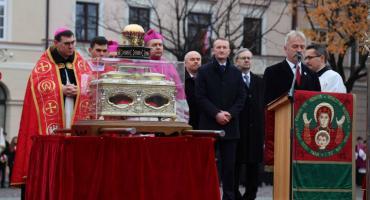 Procesja z relikwiami św. Wiktorii w Łowiczu (DUŻO ZDJĘĆ, VIDEO)