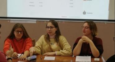 Nietypowa lekcja WOS-u w Zduńskiej Dąbrowie